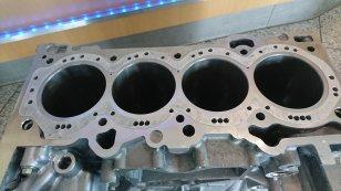 Closed Deck Motorblock 2.3l EcoBoost Ford Focus RS MK3 Mustang